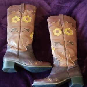 Lucky Holly boot